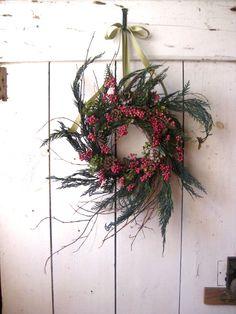 Cottage Christmas Wreath.