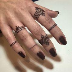 tatuaje inspirado de los tatuajes de hena