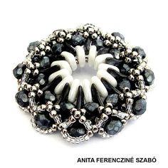 by Anita Ferencziné Szabó, pattern by Eva Kovács