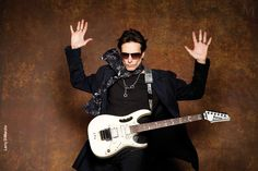Steve Vai loves his Eddie Kramer Signature Scarf from Lunafinery. Made from silk that is made in the good old USA, not china. Sewn in Los Angeles, the home of Lunafinery. Peter Frampton, Carly Simon, Steve Vai, Vintage Rock, Best Rock, Music Theory, Signature Collection, Jimi Hendrix, Led Zeppelin