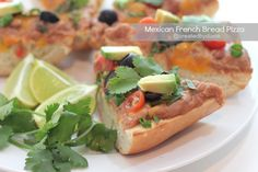 French Bread Pizza with a Mexican Twist. Refried beans and other yummy taco toppings adorn this super fun pizza Pizza Recipes, Mexican Food Recipes, Vegetarian Recipes, Ethnic Recipes, Supper Recipes, Great Recipes, Favorite Recipes, Best Appetizers, Appetizer Recipes