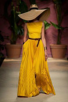 Fashion Tips Teenage .Fashion Tips Teenage Fashion 2020, Runway Fashion, High Fashion, Fashion Trends, College Fashion, School Fashion, Spring Fashion, Winter Fashion, Vetement Fashion