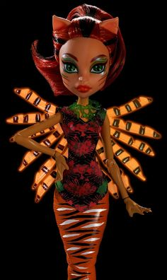 Monster High Great Scarrier Reef Glowsome Ghoulfish Toralei Doll - Doll - 1