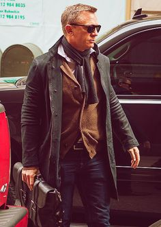 Man of the Moment - Daniel Craig knows how to layer up for Autumn                                                                                                                                                     More #DanielCraig
