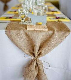 Burlap wedding table runner TL-018-Ollko