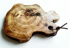 Natural shape cutting board. Acacia wood. Perfect cheese plate, cutting board &home decor. @bim_handmade @studio_drewna