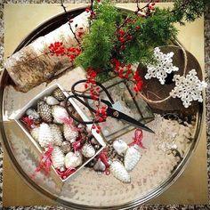#julepynt #interiør #świąteczneinspiracje #christmas #ozdoby #dekoracje #handmade #crochet #hekle #szydełko #gwiazdki #bombki #inspirasjon #workinprogress #interior4all #interior123 #julen #myhome #rom123 #christmas_time #christmas_decoration #nordicinspiration #christmas2015 #nordiskehjem #snowflakes #snowflakecrochet #interiør #instainspo #instaphoto #instadaily #myhome #design