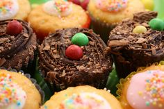 Queen cakes, fairy cakes or buns - Odlums Baking Recipes Odlums Recipes, Baking Recipes, Baking Ideas, Recipies, Queen Cakes, Fairy Cakes, Bun Recipe, Baking With Kids, Home Baking