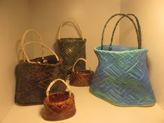 Ceramic sculptures early Kete forms imprinted with traditional Maori weaving in Harakeke, Muka (flax fibre)Handles Flax Fiber, Maori Designs, Weaving, Louis Vuitton, Clay, Ceramic Sculptures, Ceramics, Tote Bag, Kiwi