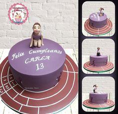 Tarta Atletismo Niña. Horneando Ideas. www.horneandoideas.com Birthday Cake, Cakes, Desserts, Ideas, Food, Creativity, Pies, Tailgate Desserts, Deserts