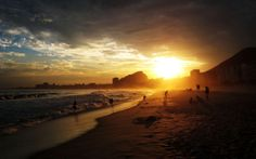 Copacabana Beach Sea Sunset Rio de Janeiro Brazil Wallpaper 620x387 20 Marvelous Sunrise Photos