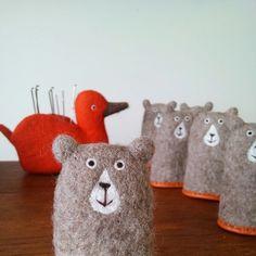 Zuzu diary Bunny Crafts, Felt Crafts, Diy And Crafts, Diy Doll, Craft Work, Softies, Needle Felting, Wool Felt, Crafty