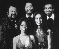 The 5th Dimension - Ron Townson, Billy Davis, Jr., Lamonte McLemore, Marilyn McCoo and Florence LaRue