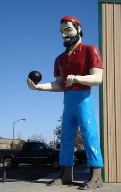 Bunyan Muffler Man with a bowling ball! (Baxter, Minnesota)