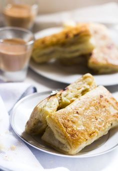 Chicken Puffs recipe or the Chicken Puff Pastry, a must try snack which will make you nostalgic with the puffs that you used eat from the bakery near your home.