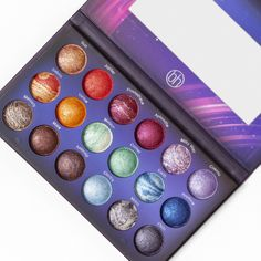 Throwback Thursday: BH Cosmetics Galaxy Chic Palette (Nouveau Beauty: For the Fabulous and Frugal) Makeup Eyeshadow Palette, Eyeshadow Tips, Highlighter Makeup, Eye Makeup, Eyeshadows, Copper Eyeshadow, Neutral Eyeshadow, Mac Lipsticks, Purple Eyeshadow