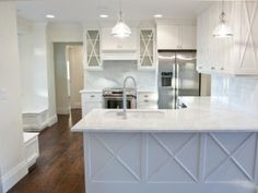 Cross hatch... Always loved this look.. In my new kitchen someday....