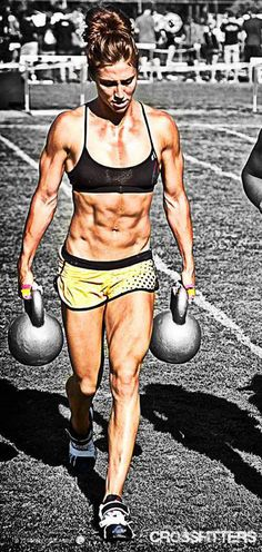 crossfitters:  Andrea Ager. Photo by Ben Ceccarelli.
