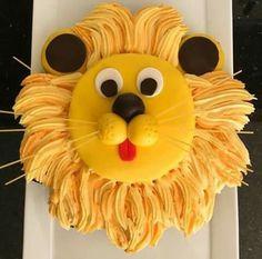 16 Best Animal Birthday Cake Designs for Kids Party - Birthday Cake Flower Ideen Pull Apart Cupcake Cake, Cupcake Cakes, Kid Cakes, Cupcake Ideas, Animal Birthday Cakes, Cake Birthday, Lion Birthday Party, Birthday Cakes For Kids, Birthday Cake Designs