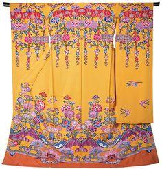 """Bingata""(紅型) Okinawa Kimonos in centuries Japan Japanese Outfits, Japanese Fashion, Geisha, Okinawa Japan, Tokyo Japan, Samurai, Japanese Textiles, Oriental, Fashion Mode"