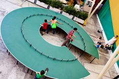 Ping Pong 360 : A Giant Round Ping Pong Table - http://www.interiordesign2014.com/home-design-ideas/ping-pong-360-a-giant-round-ping-pong-table/