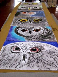 grade art: Charcoal and Pastel Owls (focus: drawing BIG, visual texture, and value) - this could probably work for my high school art 1 as well. Middle School Art Projects, High School Art, Art Plastique Halloween, 8th Grade Art, Sixth Grade, Creation Art, Ecole Art, Art Lessons Elementary, Autumn Art