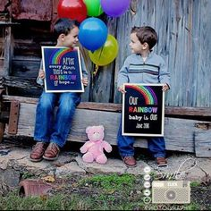 For those of us who have experienced the loss of a baby before birth the greatest feeling int he world is to be pregnant again with a rainbow baby! Rainbow baby photo prop, Rainbow baby pregnancy announcement, expecting a rainbow baby, pregnancy announcement ideas  www.chalkboardprintables.etsy.com