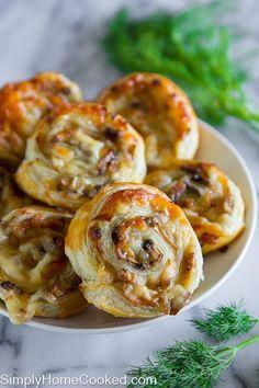 cheesy-mushroom-pinwheels