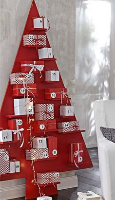 creative-christmas-advent-calendars-13.