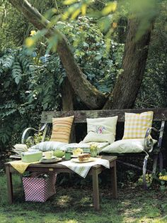 Outdoor Decorating Ideas – Guide to Decorating Outdoors - Country Living