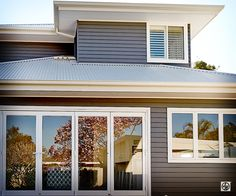 Hamptons Style home situated near Cronulla in Sydney #house #cladding #jameshardie  #exterior #coastal #doublestorey #australia #linea #weatherboard #contemporary