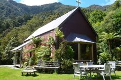 Lake views and bushwalks-Lake Brunner-Bach or holiday home New Zealand Holidays, Holiday Accommodation, Lake View, West Coast, Cabin, House Styles, Outdoor Decor, Homes, Travel