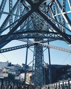"72 mentions J'aime, 3 commentaires - Rúben Neto (@rubenfmartins) sur Instagram: ""#oporto #portugal #ribeira #dluisbridge #igers_porto  #architecture"""