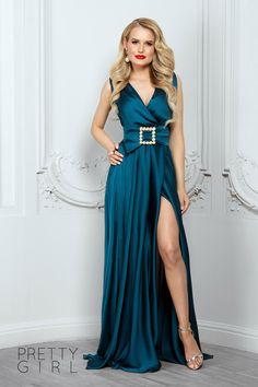 Dark turquoise v-neck dress with pearls details - Pretty Girl Pearl Dress, Summer Events, V Neck Dress, Pretty Girls, Girl Fashion, Satin, Turquoise, Formal Dresses, Dark