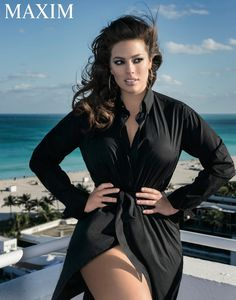 Curvy model Ashley Graham has landed her first Maxim Magazine cover for the publication's April 2016 issue. The stunner flaunts her body in sexy… Fashion Moda, Fashion Week, Curvy Fashion, Plus Size Fashion, Classy Fashion, Fashion Fashion, Fashion Shoes, Fashion Dresses, Fashion Design