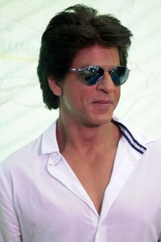 Now that is the sweetest gesture by SRK on Friendships Day.