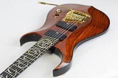 Liuteria Arda Guitars - Chitarra di liuteria