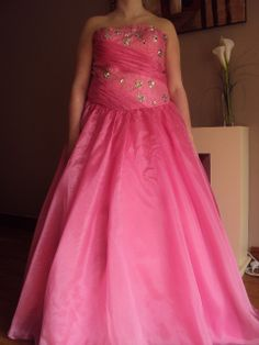 strapless pink prom/ballgown size 16  hire price £50.