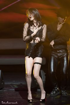 IU is known for her bubbly, bright image, but she can also go sexy! These are the 10 sexiest outfits that IU has ever worn. Sexy Asian Girls, Beautiful Asian Girls, Kpop Girl Groups, Kpop Girls, Korean Beauty, Asian Beauty, Pretty Asian, Iu Fashion, Poses