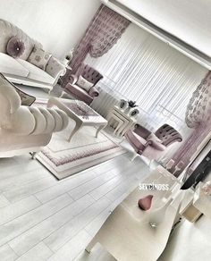 Stunning Ideas To Decorate Stylish Living Room Upscale Furniture, Home Decor Furniture, Living Room Furniture, Living Room Decor, Italian Furniture, Mansion Interior, Interior Exterior, Interior Design, Fancy Living Rooms