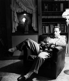 Gene Kelly at home, 1940s  via always-fair-weather