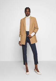 NAF NAF EAVENUE - Pantalones - bleu marine - Zalando.es Pantalon Bleu Marine, Capri, 21st, Normcore, Shopping, Style, Fashion, Drop Crotch, Legs