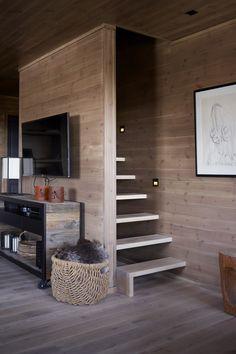 Rustic Kitchen Design Ideas – Rustic Home Decor Home Stairs Design, Interior Stairs, Home Interior Design, Interior Architecture, House Design, Tiny House Cabin, Tiny House Living, Sleeping Loft, Loft Room