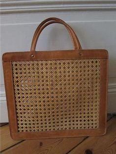 Palmgrens klassiska väska i rotting + naturfärgat läder. Vintage 469a1fb1fb31a