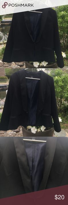 Black blazer with satin lapels Black blazer with navel lining, and satin lapels and pockets. Looks great on, very polished. atmosphere Jackets & Coats Blazers
