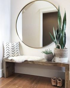 40 Incredible Stylish Small Entrance Ideas – Page 34 of 43 - Dekoration Ideen New Living Room, Small Living Rooms, Living Room Designs, Living Room Furniture, Cozy Living, Modern Living, Small Living Room Layout, Living Room Decor With Tv, Bench In Living Room