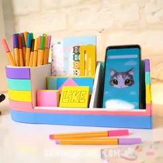 Creative & Useful DIY Ideas Diy Crafts For Home Decor, Diy Crafts Hacks, Diy Crafts For Gifts, Creative Crafts, Cool Paper Crafts, Paper Crafts Origami, Cardboard Crafts, Fun Crafts, Cardboard Boxes