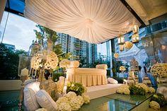 Fabric hanging for hantaran base, ideas, ideas -by rizalman: February 2011 Wedding Prep, Wedding Stage, Chic Wedding, Wedding Church, Dream Wedding, Malay Wedding, Great Backgrounds, Event Themes, Traditional Wedding