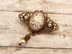 Kleine Brosche mit Rosen Kamee in rosa weiß bronze barock