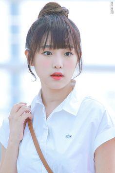 """J_AREA on Twitter: """"190814 ICN   귀.여.워  #최예나 #チェイェナ #CHOIYENA  #아이즈원 #IZONE #YENA #제이에리어  @official_izone… """" Seulgi, Kpop Girl Groups, Kpop Girls, Snsd, Eyes On Me, Japanese Girl Group, Bts And Exo, Popular Music, Ulzzang Girl"""